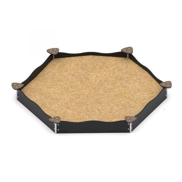 Kuva tuotteesta Kuusikulmainen hiekkalaatikko hiekkapöydillä V 0802-1, Mustat laidat ja puunväriset hiekkapöydät